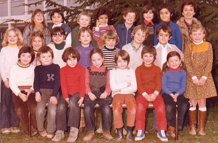 photo de classe cp de 1977 ecole louis pasteur brie comte robert copains d 39 avant. Black Bedroom Furniture Sets. Home Design Ideas