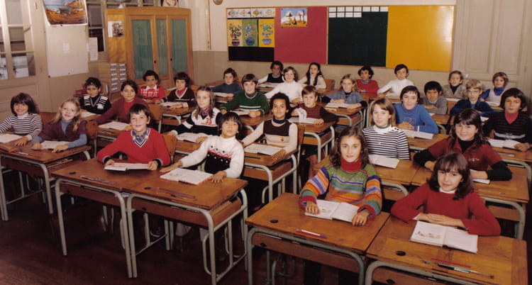 Photo De Classe Cm2 De 1978 Ecole Mairie Jassans Riottier