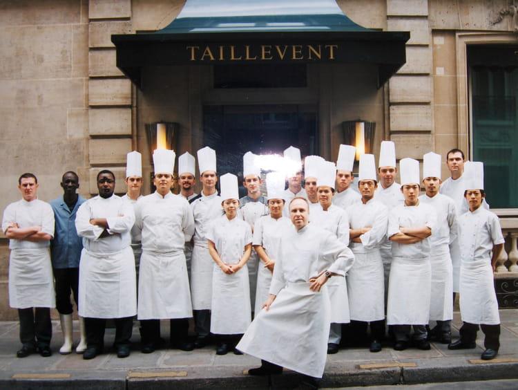 Restaurant Le Recrutement Paris Societe