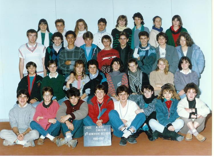 photo de classe seconde de 1986 lyc e albert einstein copains d 39 avant. Black Bedroom Furniture Sets. Home Design Ideas