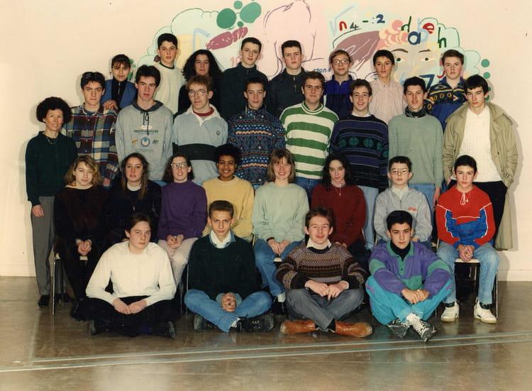 photo de classe 2 hcs de 1993 lyc e edouard gand copains d 39 avant. Black Bedroom Furniture Sets. Home Design Ideas