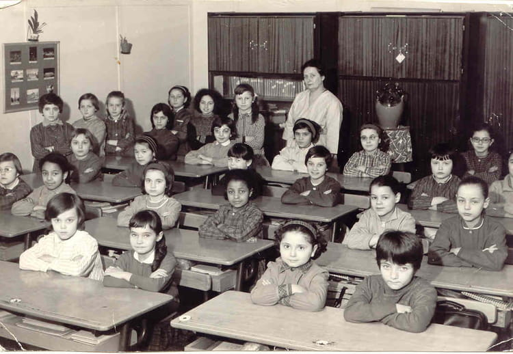 photo de classe ancienne mairie classe de ce 1 de 1964 ecole ancienne mairie copains d 39 avant. Black Bedroom Furniture Sets. Home Design Ideas