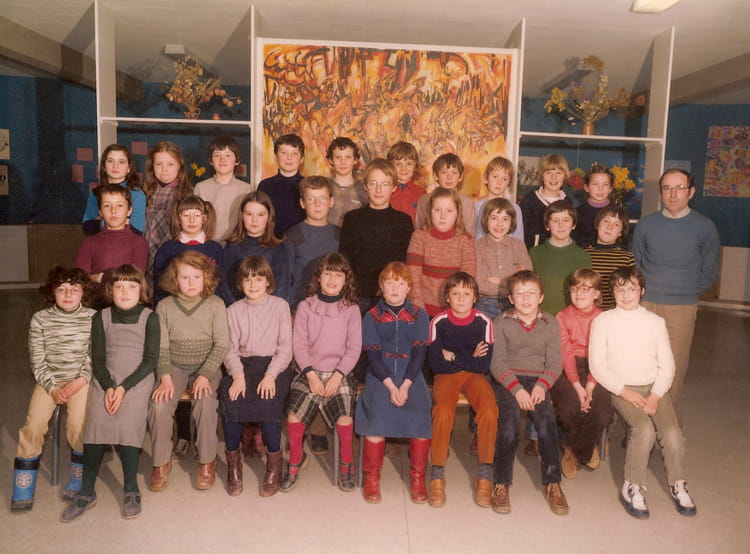 photo de classe classe de cm1 de mr morin 1980 1981 de 1980 ecole beaulieu lamballe. Black Bedroom Furniture Sets. Home Design Ideas