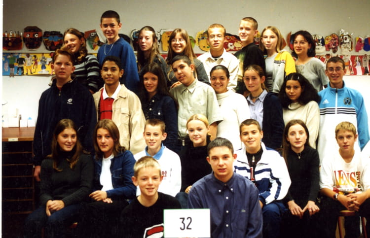 Photo de classe 3 me 2 de 2000 coll ge louise michel for Domon plan b