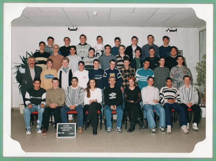 photo de classe 1ere gmp de 1998 lyc e nicephore niepce copains d 39 avant. Black Bedroom Furniture Sets. Home Design Ideas