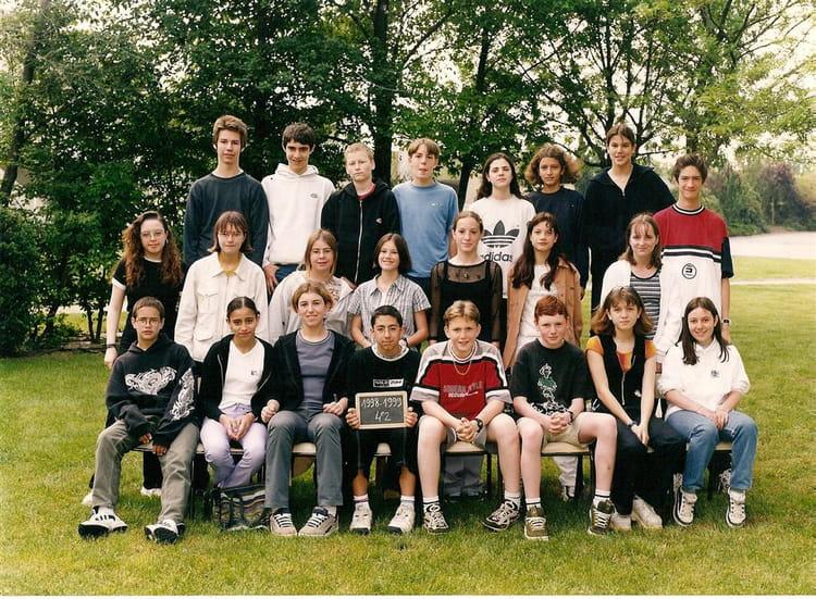Photo de classe 4e2 de 1998 coll ge charles de gaulle - College charles de gaulle guilherand granges ...