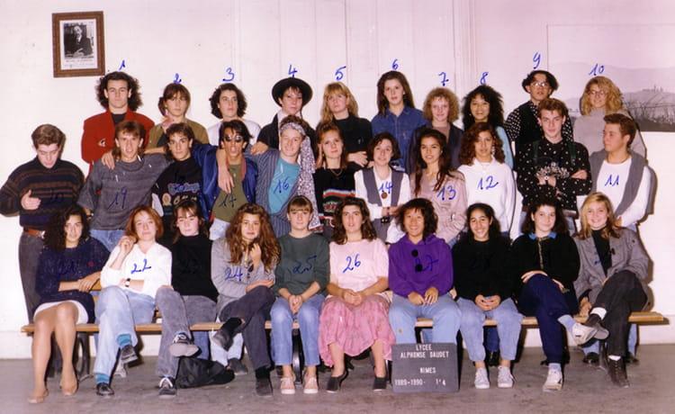Photo de classe 1 4 de 1989 lyc e alphonse daudet for Lycee alphonse daudet