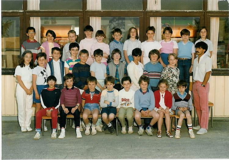 St Florent Des Bois - Photo de classe CM2 de 1985, Ecole Francoise Dolto (Saint Florent Des Bois) Copains d'avant