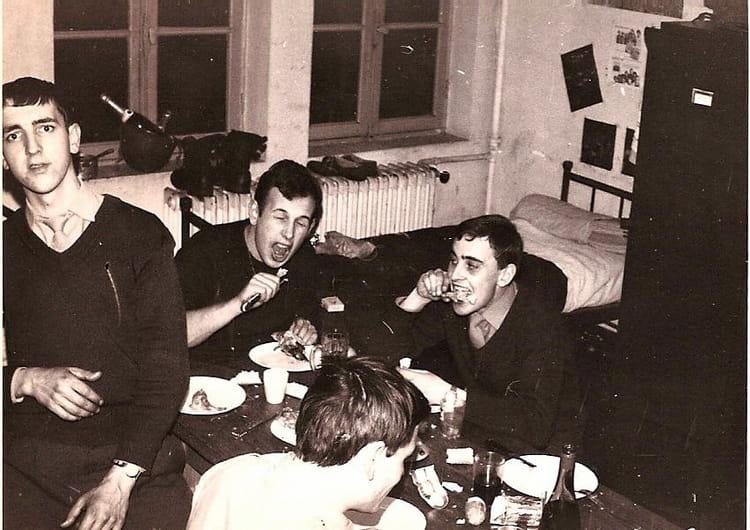 Photo de classe repas entre potes de 1971 galdiv 4 for Idee repas entre copain