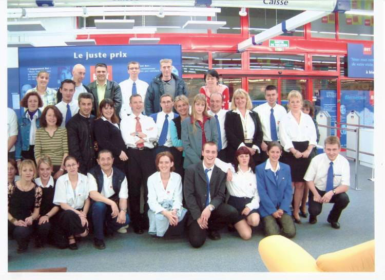 Photo de classe d part de mr riault de 2003 but amiens glisy copains d 39 avant - Monsieur bricolage amiens ...