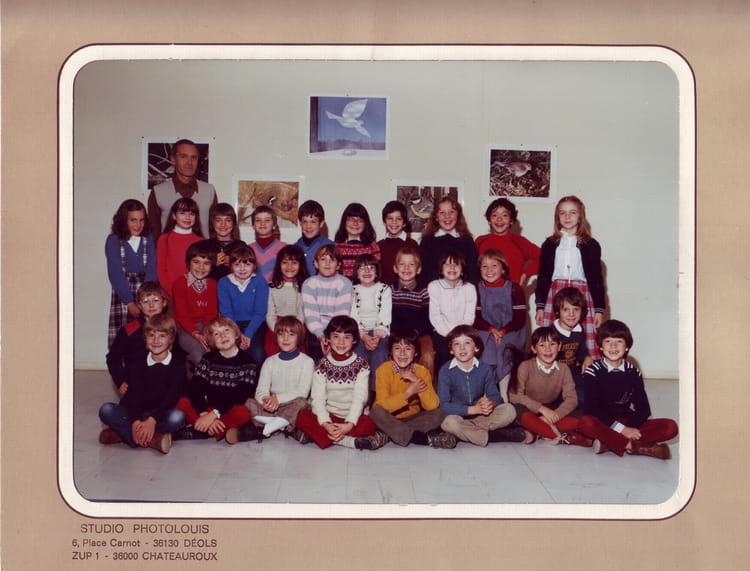 Photo de classe CE2 de 1982, ECOLE BRASSIOUX - Copains d avant f712772ea2ab