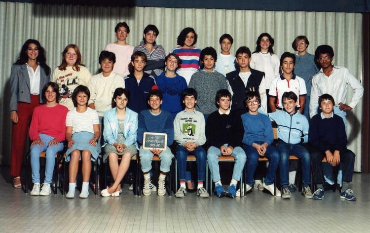 Photo de classe Classe de 4e2 Jean Macé Mme Fleury de 1985, Ecole Jean Mace (Sainte Genevieve  # Auto Ecole Sainte Genevieve Des Bois