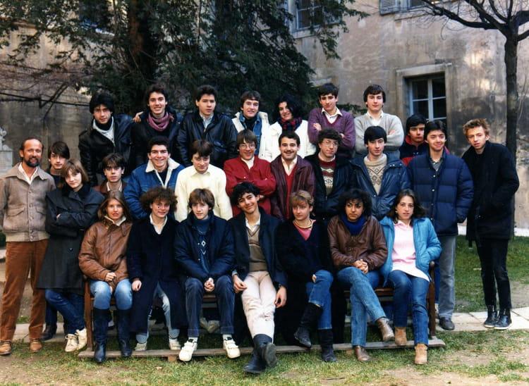 Photo de classe terminale b de 1983 lyc e du sacr coeur - Lycee salon de provence ...