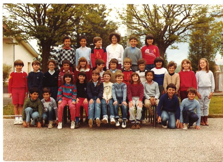 Photo de classe ce2 de 1982 ecole la plaine saint - Piscine st laurent du pont ...