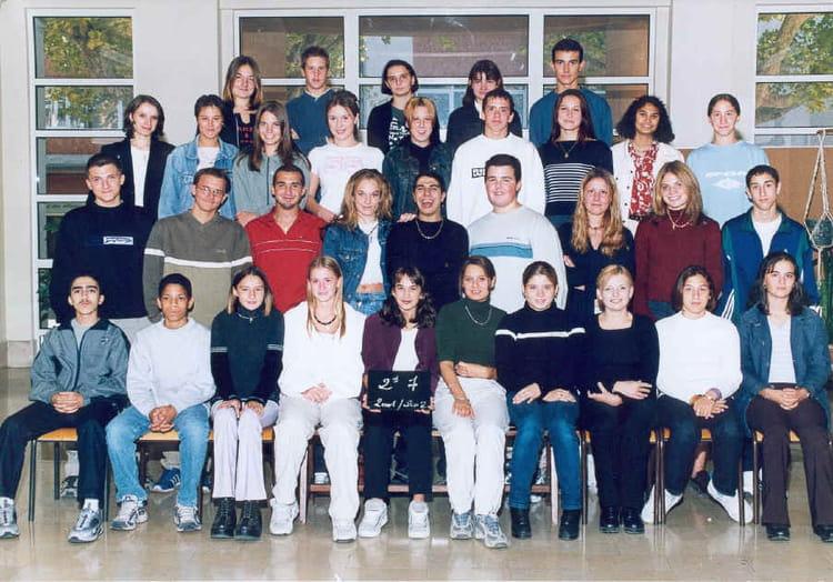 Photo de classe 2 7 de 2001 lyc e alphonse daudet for Lycee alphonse daudet