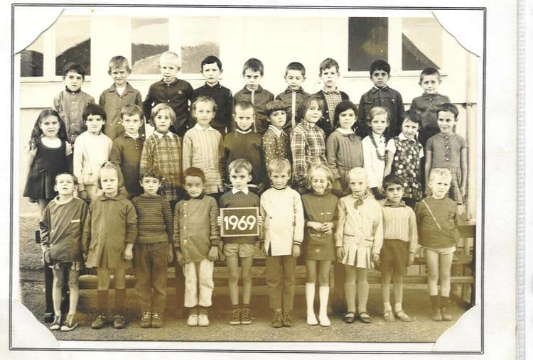 Dampierre Les Bois - Photo de classe CE1 de 1969, Ecole De La Place (Dampierre Les Bois) Copains d'avant