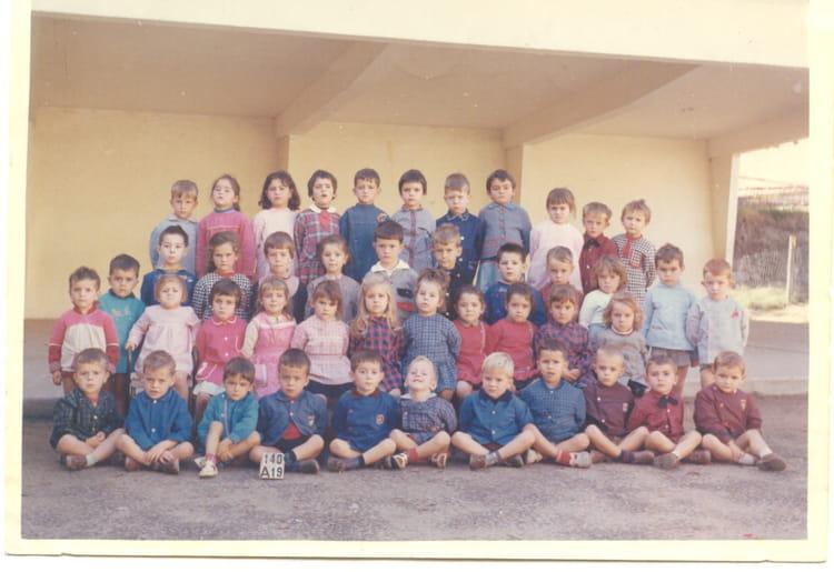 photo de classe cole maternelle 1963 ou 1964 de 1964 ecole groupe scolaire jean mace. Black Bedroom Furniture Sets. Home Design Ideas