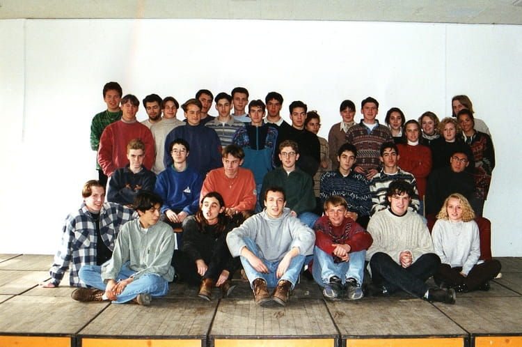 photo de classe ts1 de 1995 lyc e charles jully copains d 39 avant. Black Bedroom Furniture Sets. Home Design Ideas