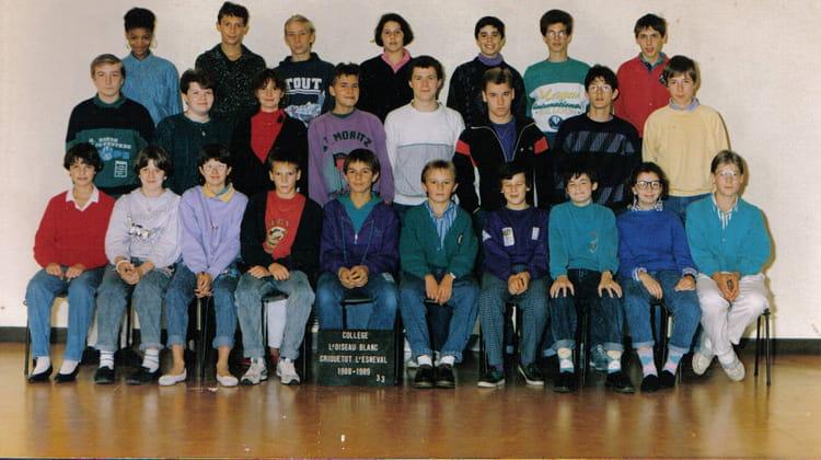 photo de classe 3eme3 de 1988 coll ge l 39 oiseau blanc copains d 39 avant. Black Bedroom Furniture Sets. Home Design Ideas