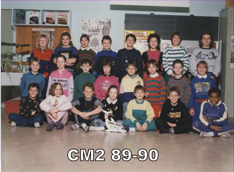 photo de classe cm2 de 1989 ecole charles p guy saint dizier copains d 39 avant. Black Bedroom Furniture Sets. Home Design Ideas