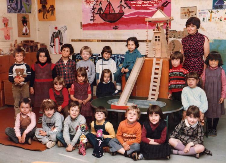 photo de classe maternelle andree abel de 1979 ecole andre abel copains d 39 avant. Black Bedroom Furniture Sets. Home Design Ideas