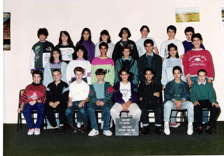 Photo de classe 1989-90 - 4è2 - Les Gâtines - Savigny sur