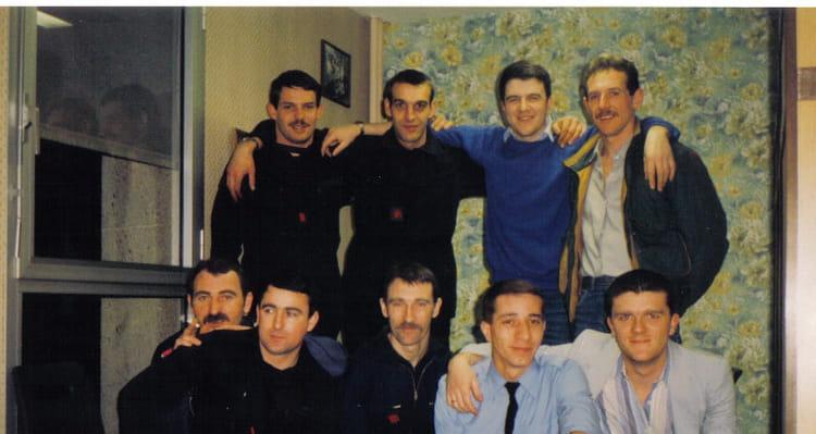 Photo de classe quipe de garde emg3 de 1985 villeneuve for Salon o d ange saint georges des gardes