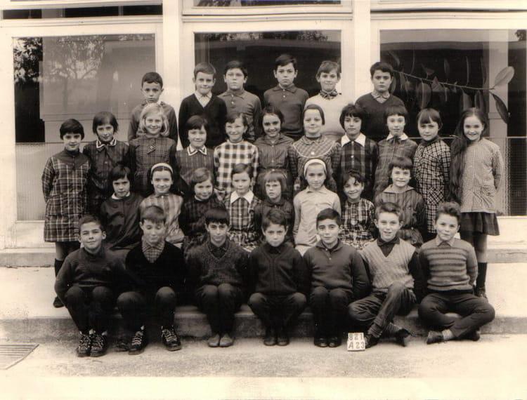 photo de classe jean mac 1967 de 1967 ecole groupe scolaire jean mace gueret copains d 39 avant. Black Bedroom Furniture Sets. Home Design Ideas