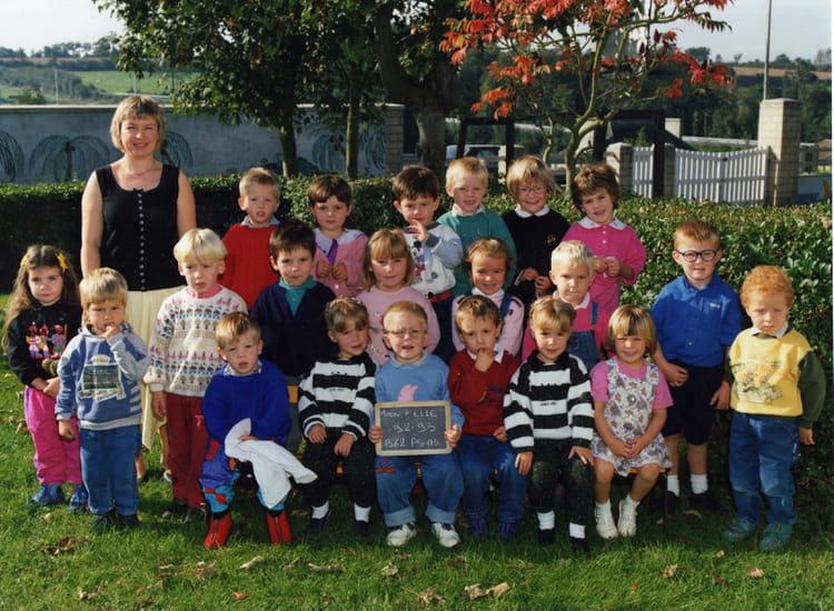 Photo de classe petite et moyenne section maternelle de 1992 ecole primaire - Fauvel moon sur elle ...