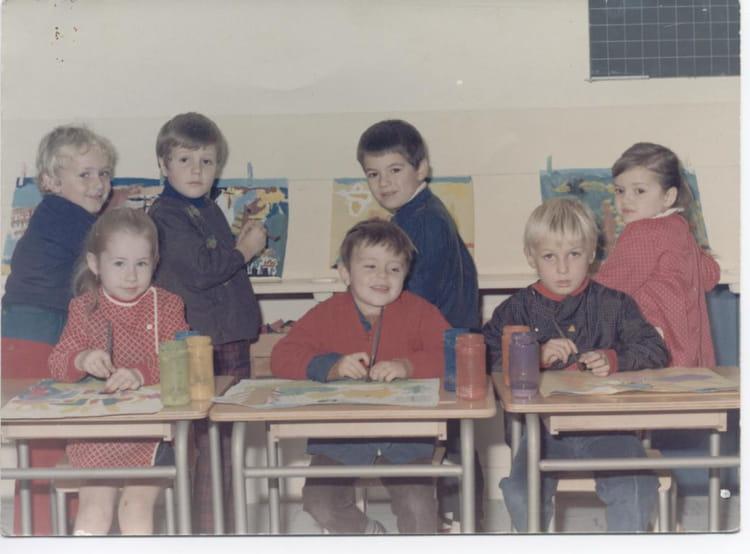 photo de classe classe maternelle de 1970 ecole nord libourne copains d 39 avant. Black Bedroom Furniture Sets. Home Design Ideas