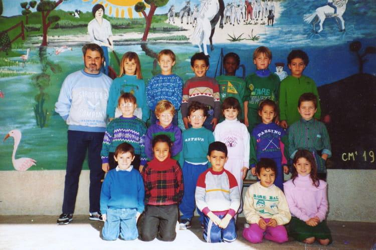 photo de classe cp1 1988 1989 de 1988 ecole maltemps la ciotat copains d 39 avant. Black Bedroom Furniture Sets. Home Design Ideas