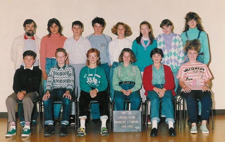 photo de classe 4emer1 de 1988 coll ge l 39 oiseau blanc copains d 39 avant. Black Bedroom Furniture Sets. Home Design Ideas