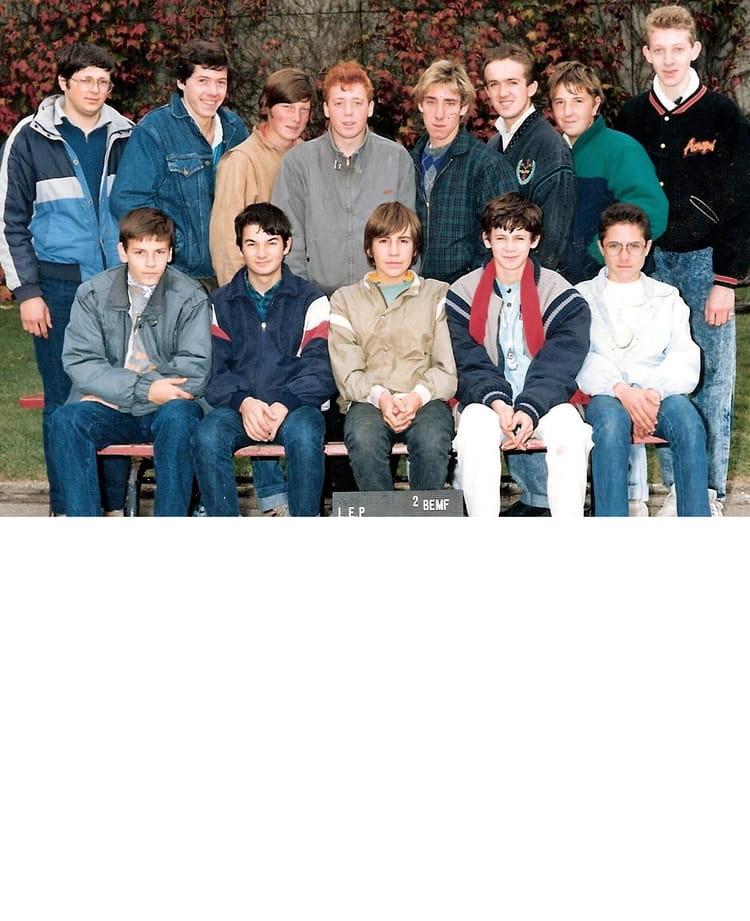 photo de classe l e p des deux caps marquise de 1987 lyc 233 e professionnel des deux caps