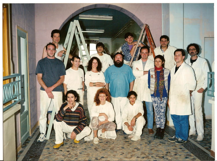 photo de classe formation peintre en decor de 1990 afpa