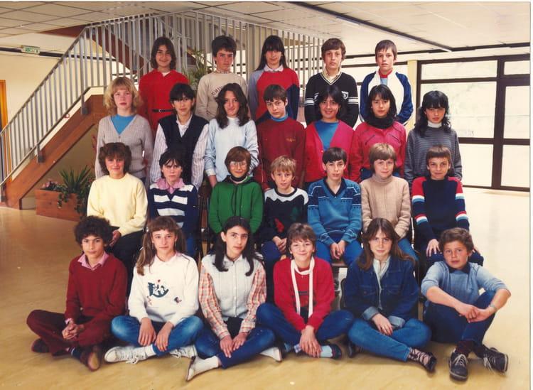 photo de classe classe de 5 232 me 6 de 1983 coll 232 ge porte du m 233 doc copains d avant