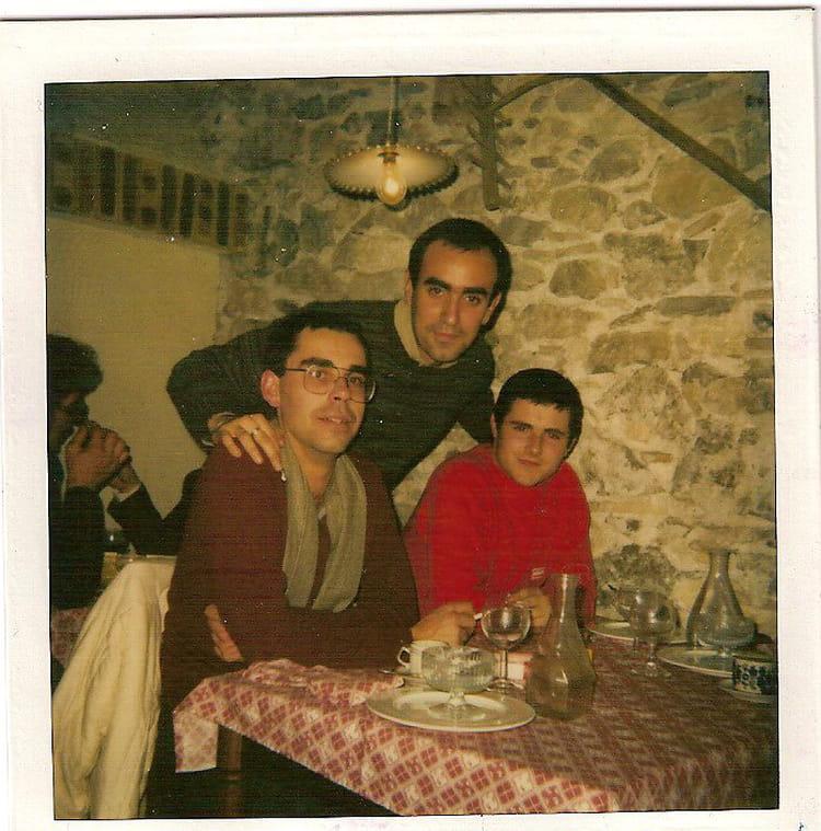 Photo de classe repas entre copains de 1982 81eme for Idee repas entre copain