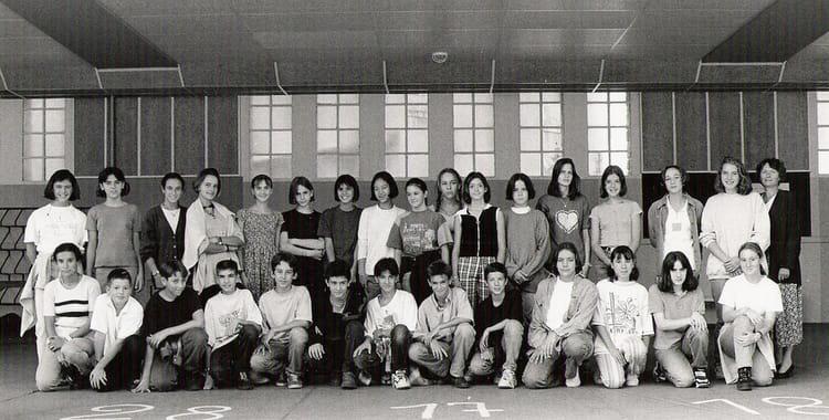 Photo de classe 4 me b de 1996 coll ge du jardin des plantes copains d 39 avant - College du jardin des plantes ...