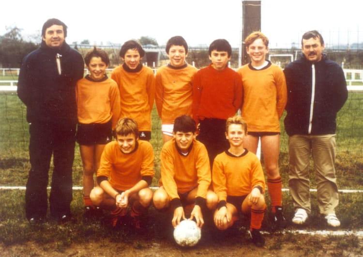 Photo de classe Equipe Minimes 1983 1984 de 1983, Football Club Dampierre Les Bois Copains d'avant # Dampierre Les Bois
