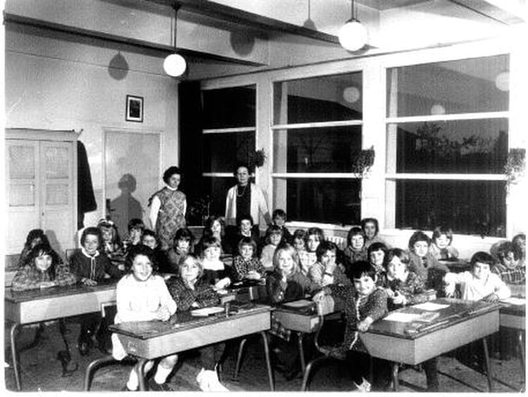 Photo De Classe Primaire Dechy De 1969 Ecole Primaire Copains D Avant