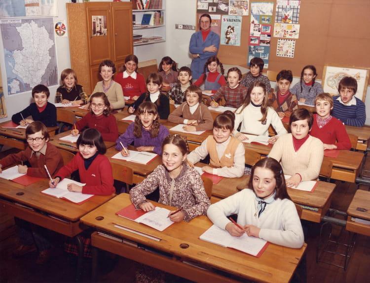 Photo de classe classe de cm2 mr riffaut de 1980 ecole - Monsieur bricolage cognac ...