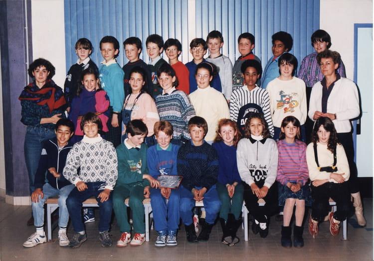 Photo de classe 6EME7 de 1988, Collège Du Bois Daulne