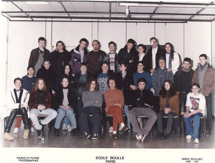 photo de classe 2 fma2 de 1996 ecole boulle copains d 39 avant. Black Bedroom Furniture Sets. Home Design Ideas