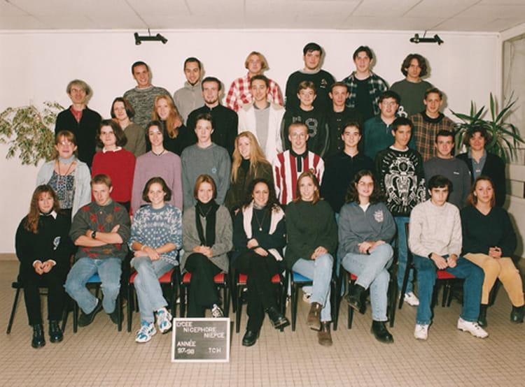 photo de classe t ch en 97 98 de 1997 lyc e nicephore niepce copains d 39 avant. Black Bedroom Furniture Sets. Home Design Ideas
