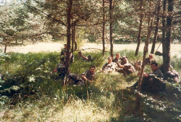Photo de classe petit repas entre amis de 1986 centre d for Repas entre copains