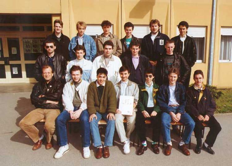 photo de classe bts cpi promo 1992 de 1991 lyc 233 e curie copains d avant