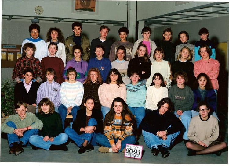 photo de classe 1 232 re a et b 90 91 de 1990 lyc 233 e porte de normandie copains d avant