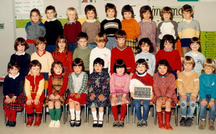 photo de classe gs ms maternelle de 1984 ecole la pierre bleue nozay copains d 39 avant. Black Bedroom Furniture Sets. Home Design Ideas