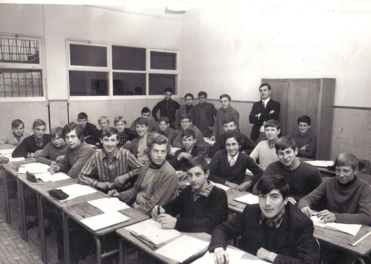 photo de classe 1er ann e m canique generale de 1969 lyc e professionnel jean baptiste cl ment. Black Bedroom Furniture Sets. Home Design Ideas