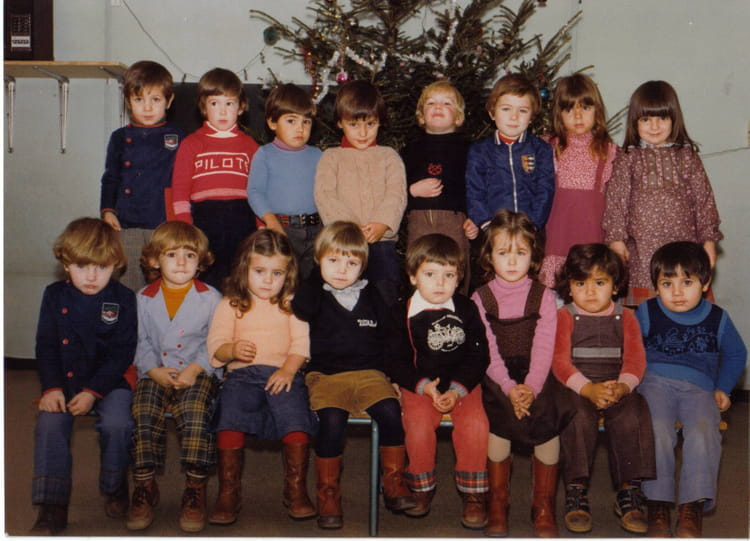 photo de classe maternelle de 1978 ecole paul ramadier rodez copains d 39 avant. Black Bedroom Furniture Sets. Home Design Ideas