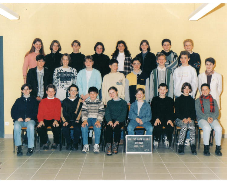 photo de classe 4eme 3 de 1996 coll ge c te legris copains d 39 avant. Black Bedroom Furniture Sets. Home Design Ideas